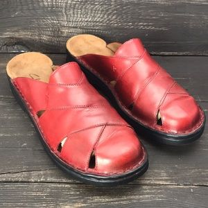 Clark's Red Leather Slip-On Shoes Size 9M